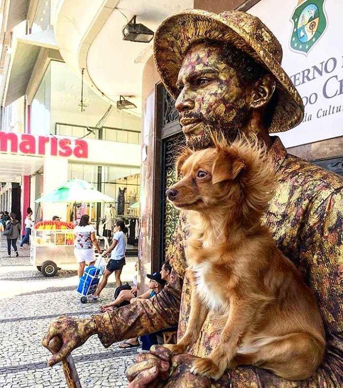 Statue de bronze vivante