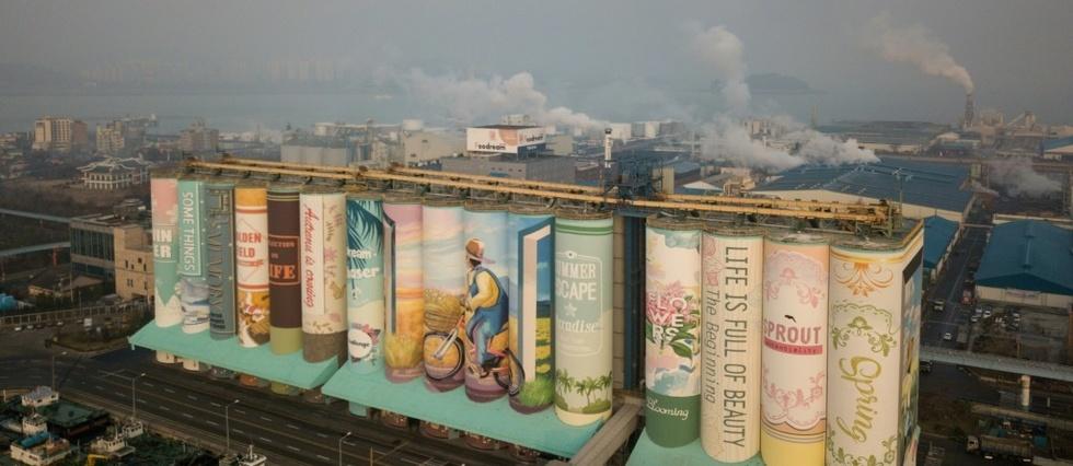 Une fresque géante peinte avec 865 000 litres de peinture!