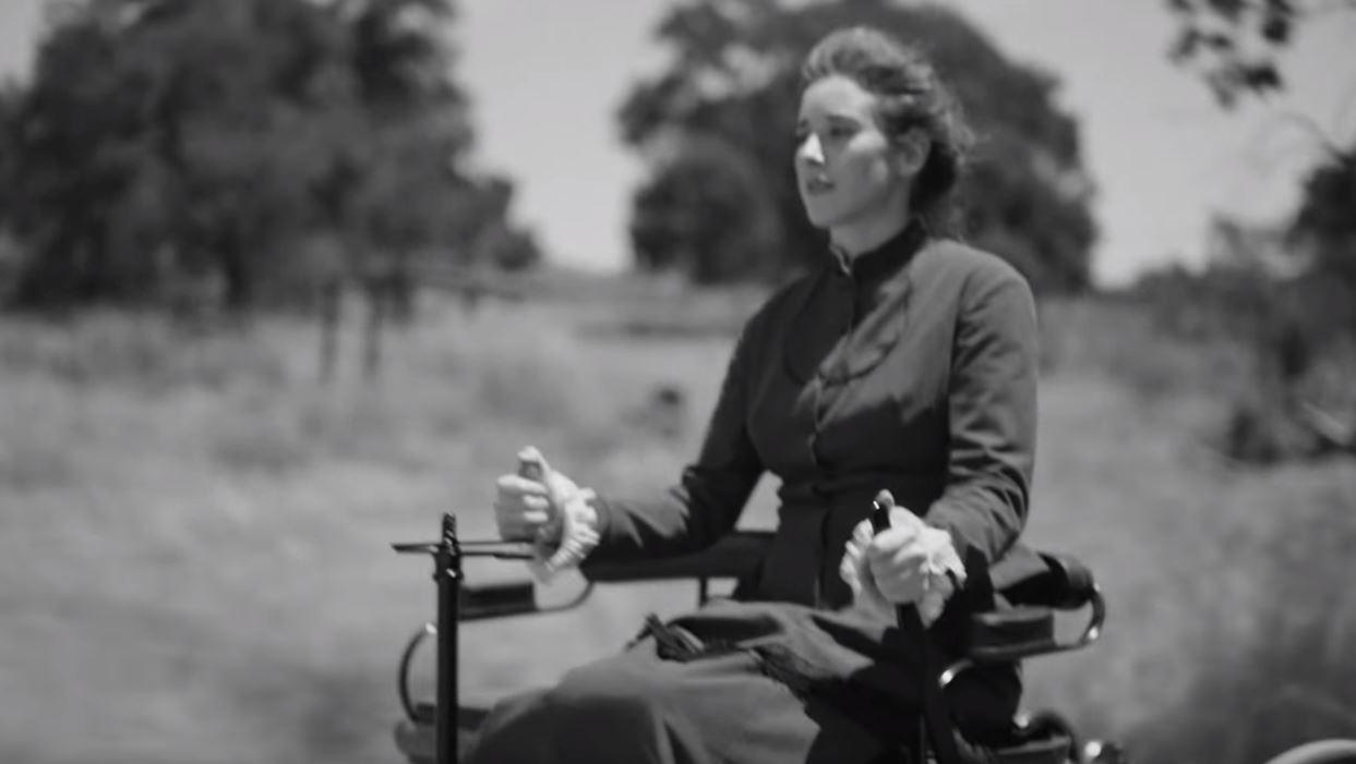 Bertha Benz est la première femme qui conduit