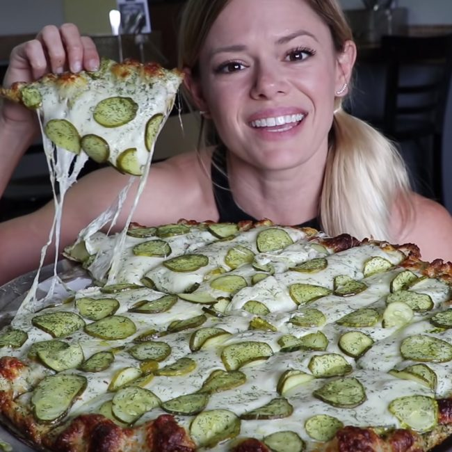 La pizza, c'est bon et facile