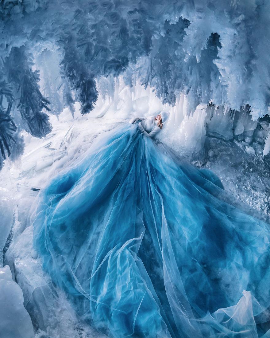 La combinaison de robes et de paysages pour des photos magiques