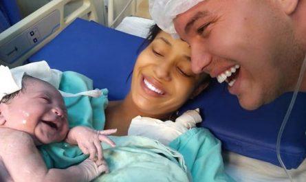 Une naissance avec le sourire comme cadeau